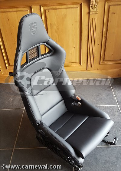 GT2 Seats in Black Leather